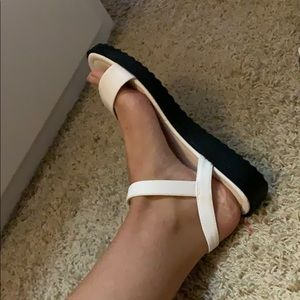 Forever 21 Shoes - Forever 21 white sandals size 7